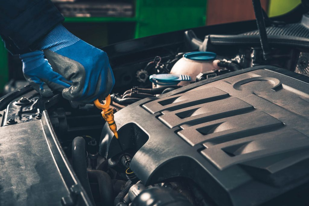 Lube oil filter services auto repair in toronto mcdermott motors at mcdermott motors tirecraft we offer comprehensive oil lube and filter maintenance so you can rest assured knowing your vehicle is safe and up to date solutioingenieria Gallery